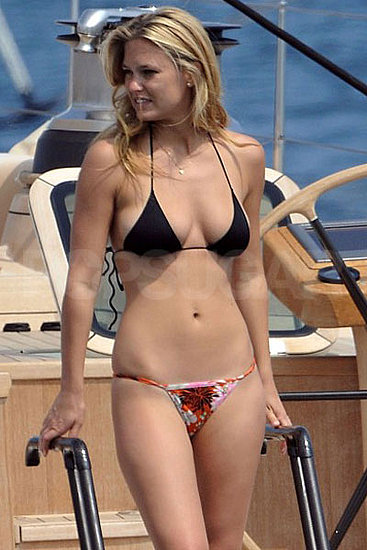 Bar Refaeli Bikini Bodies  Pic 33 of 35